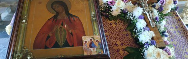 Приглашаем на молебны перед иконой Божией Матери «Помощница в родах»