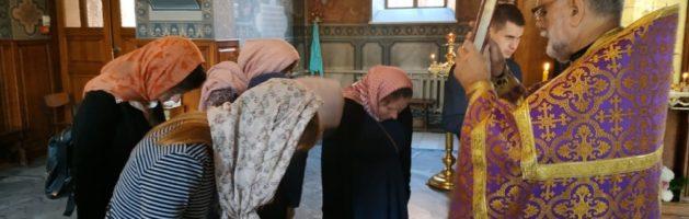 В Свято-Ильинском Храме отслужили очередной молебен для беременных и планирующих материнство женщин.